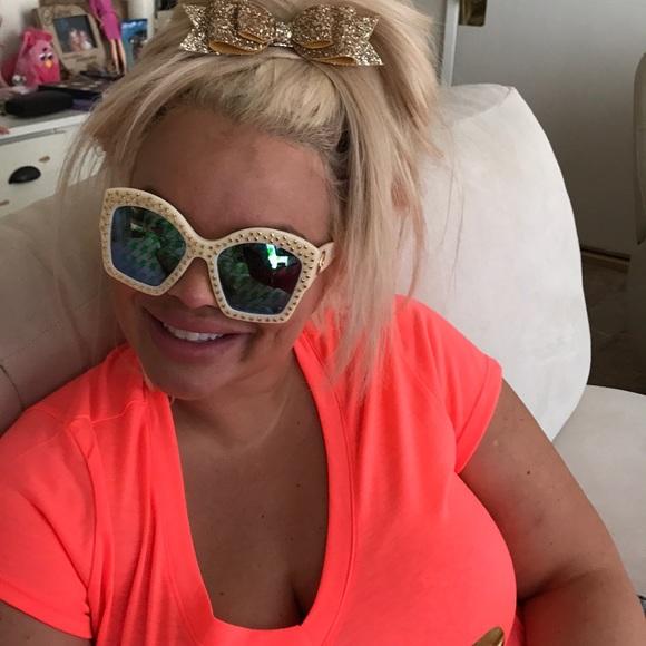5eff46c079 Gucci Accessories - Gucci sunglasses